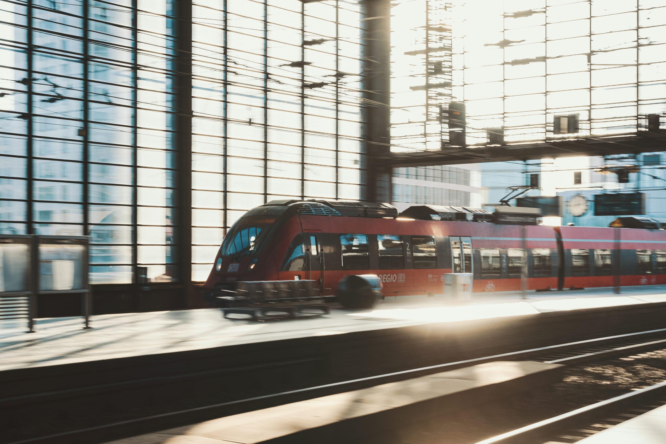Die Deutsche Bahn am Bahnhof Zoo